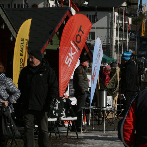 SKIIOT stand in Levi-