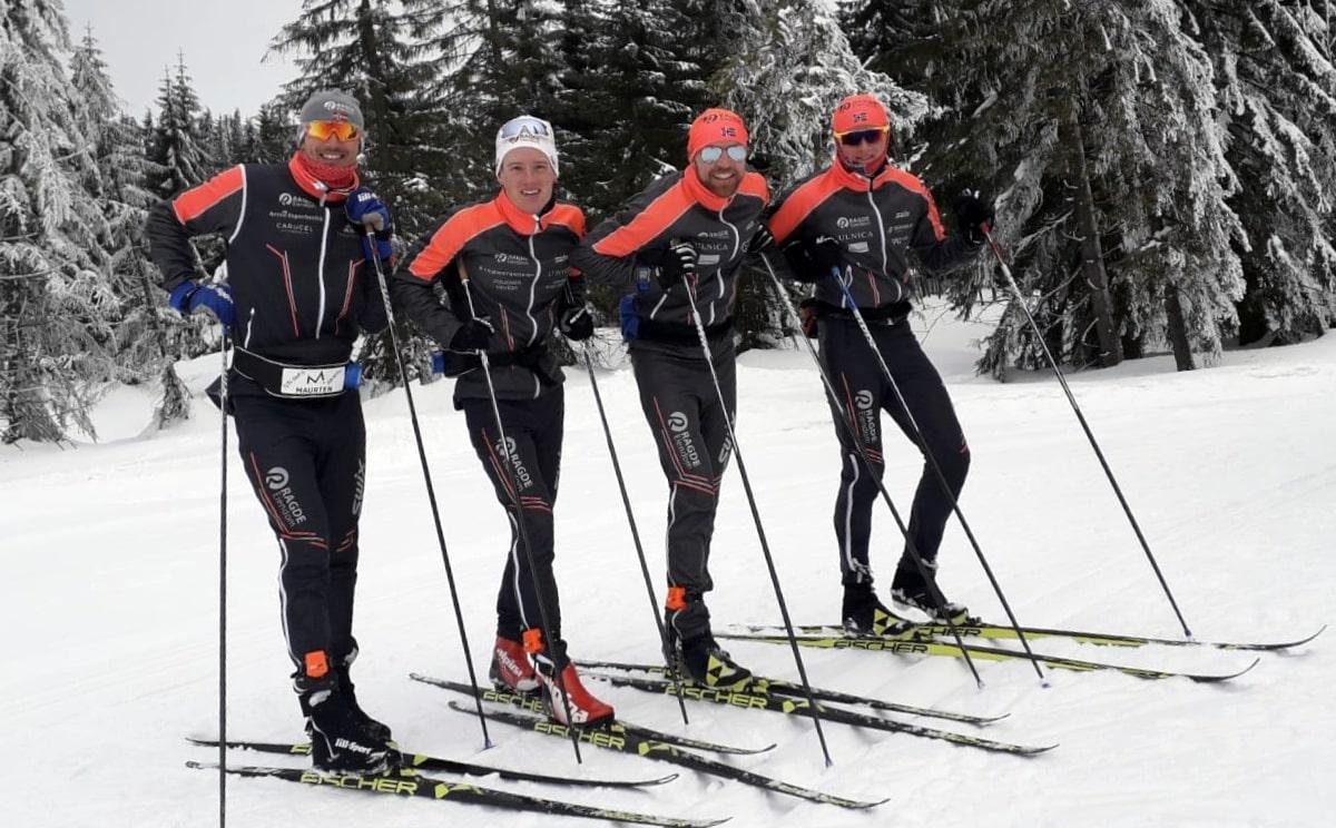 skiers wearing skiing analyzers